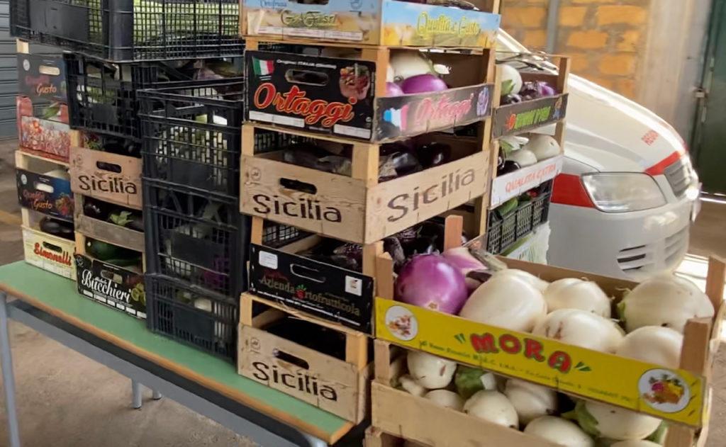 Terza donazione alimentare al Comune di Sciacca dell'Azienda Campo Carboj