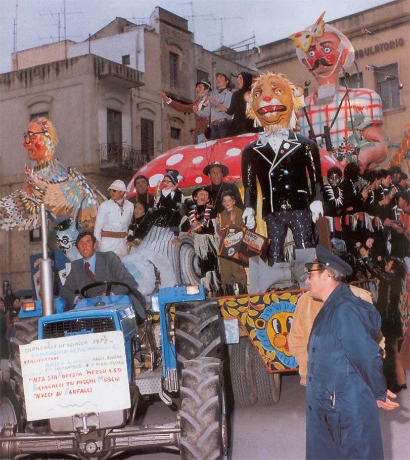 nta_sta_foresta_mezzu_sti_sciacalli_tu_pigghi_muschi '79