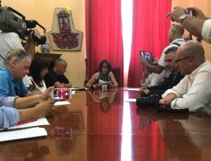 sindaco francesca valenti presenta assessori giunta