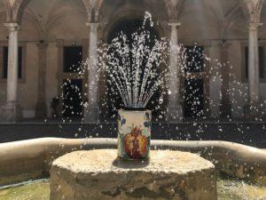 fontana atrio superiore palazzo municipale comune sciacca