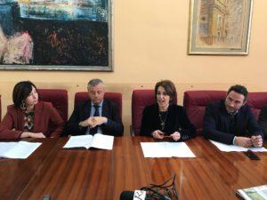 conferenza stampa fine anno 2017 sindaco valenti e assessori 2
