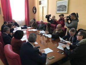 conferenza stampa fine anno 2017 sindaco valenti e assessori 3